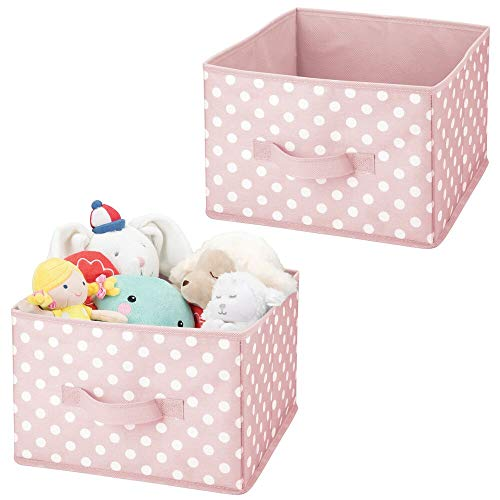 mDesign 2er-Set Aufbewahrungsboxen – gepunktete Boxen zur Aufbewahrung für Ordnung im Kinderzimmer – Stoffbox aus Kunstfaser für Spielzeug, Strampler etc. – pink/weiß