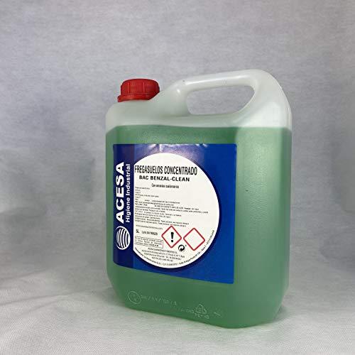 Fregasuelos Antibacterias Concentrado de uso Profesional Desinfectante y Bactericida de uso Profesional...
