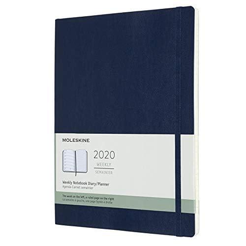 Moleskine 12 Mesi 2020 Agenda Settimanale, Copertina Morbida e Chiusura ad Elastico, Colore Blu Zaffiro, Dimensione Extra Large 19 x 25 cm, 144 Pagine