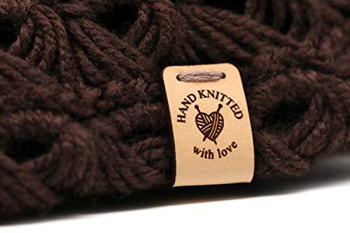 """Handgefertigte Lederetiketten O3""""HAND KNITTED with love"""" - Exklusive gravierte echte italienische Leder-Tags - Handmade leather labels tags (30 Stück - Standard Text)"""
