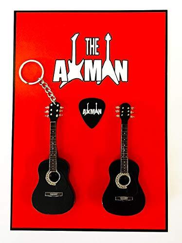 Axman Johnny Cash: Black Acoustic D-35 - Llavero y imán con variación (llavero e imán)