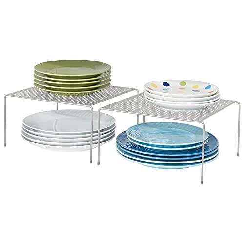 mDesign Juego de 2 estantes de Cocina – Soportes para Platos de Metal – Organizadores de armarios pequeños para Tazas, Platos, Alimentos, etc. – Plateado