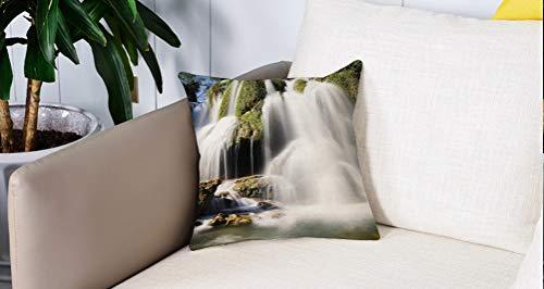 Mingdao Home Decor Sofa Werfen Kissenbezüge,Wasserfall, majestätischer Wasserfall, der auf Klippenfelsen in ländlicher Stadt fließt Wildes Naturkunstbild, grünes Weiß,Kissen Cover Square Pillowcase