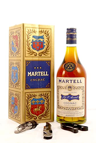 Martell 3 Star Cognac (1970s) Original Presentation Box, da zu 3 Weinaccessoires, 1 x 750ml