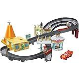 Disney Cars GGL47 - Radiator Springs Rennset Spielzeugauto Spielset mit Beschleuniger und Lightning...
