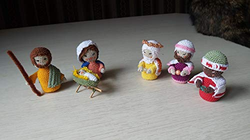 Krippen Figuren; gehaekelt; Nativity scene figures; crocheted; handmade; 7 cm;