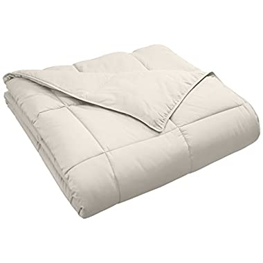 Superior Classic All-Season Down Alternative Comforter with Baffle Box Construction, Warm Hypoallergenic Filling - Full/Queen Comforter, Ivory