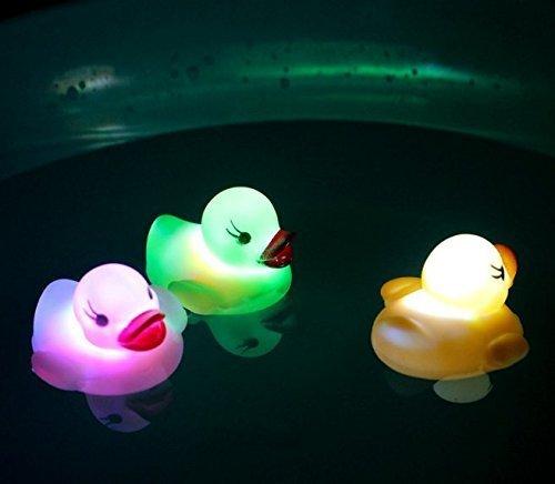 uchic 3 morceaux LED lumière Float Eau de la Natation Enfants jouer Bouche Mini Petite Canard en caoutchouc pädago gisches pour les enfants Baby Bath Toy pour les couleur après au hasard
