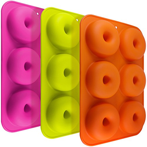 FineGood FG molds_3 Lot de 3 moules à donuts en silicone, 6 cavités anti-adhérentes résistantes à la chaleur pour gâteaux, biscuits, bagels, muffins - orange, rose rouge et vert