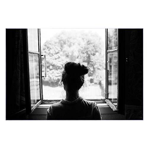 banjado Glas Nischenrückwand für Küche 75cm x 50cm | Küchenrückwand mit Motiv Frau am Fenster | Spritzschutz selbstklebend ohne Bohren | Fliesenspiegel magnetisch und beschreibbar