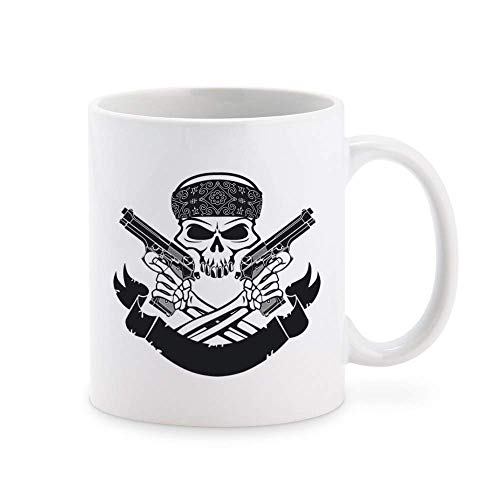 N\A Bandera Blanca y Negra de gángster con Calavera con pañuelo y Pistolas, Icono de Taza de café, Taza de té, novedosas Tazas de Regalo, 11 oz