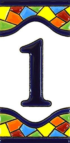 Hausnummer. Schilder mit Zahlen und Nummern auf Keramikkachel. Handgemalte Kordeltechnik fuer Schilder mit Namen, Adressen und Wegweisern. Design MOSAICO MEDIANO 10,9cm x 5,4 cm (Nummer EINS