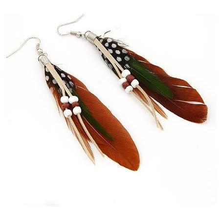 Par de pendientes colgantes con plumas y cuentas, color café, deTOOGOO (R). Estilo bohemio y exótico