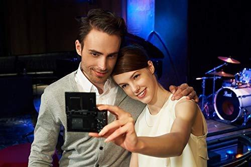 Sony RX100 III | Premium-Kompaktkamera (1,0-Typ-Sensor, 24-70 mm F1.8-2.8 Zeiss-Objektiv und neigbares Display für Vlogging)