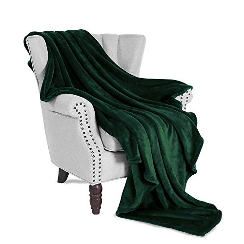 Exclusivo Mezcla Large Flannel Velvet Plush Throw Blanket - 50' x 70' (Forest Green)