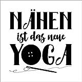 Poster 50 x 50 cm: Nähen ist das Neue Yoga von Andrea