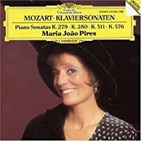 Piano Sonatas by WOLFGANG AMADEUS MOZART