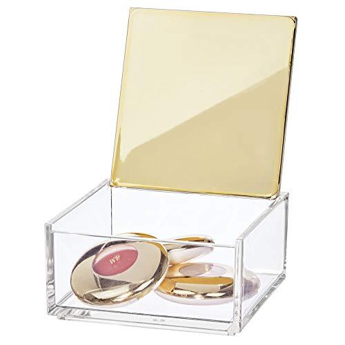 mDesign Caja de maquillaje pequeña con tapa – Organizador de cosméticos para baño y tocador – Cajas de plástico transparente para organizar maquillaje, pintalabios y más – transparente y latón