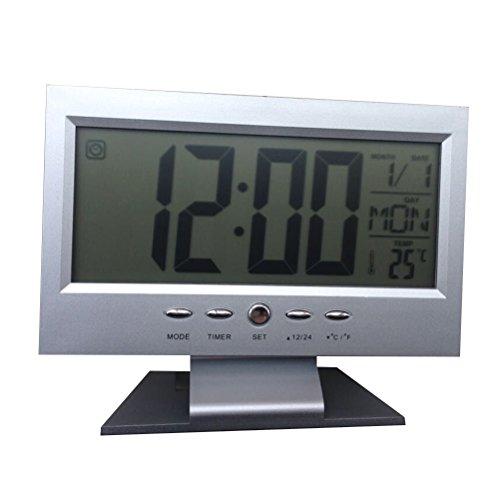 Despertador digital moderno com tela grande e criativo da VORCOOL com retroiluminação de LED LCD, mesa de dígitos grandes (prata)