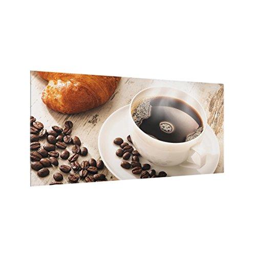 Bilderwelten Spritzschutz Glas Dampfende Kaffeetasse mit Kaffeebohnen Quer 1:2, 59cm x 120cm