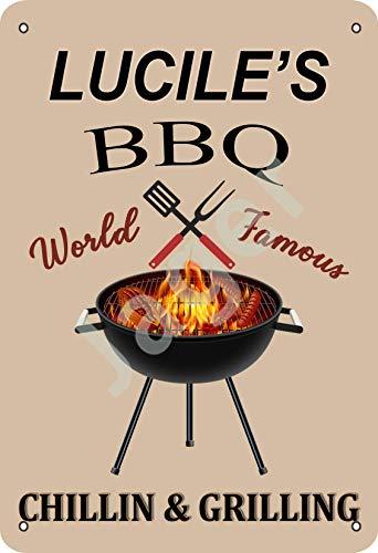 Vvision Lucile's BBQ World Famous Chillin And Grilling Targa in Metallo Manifesto Segnale di Avvertimento retrò Poster Vintage per Camera da Letto Famiglia Porta in Alluminio Art Décor
