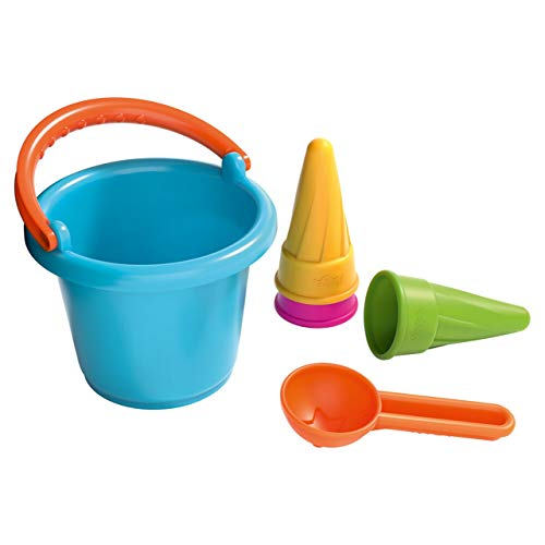 HABA 304680 - Sandspiel-Set Kleinkind-Eimer und Eistüten, 5-teiliges Sandspielzeug für Kinder ab 18 Monaten