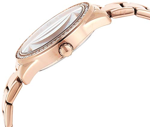 GUESS Women's Analog Watch with Stainless Steel Strap, Rose Gold, 16 (Model: GW0001L3)
