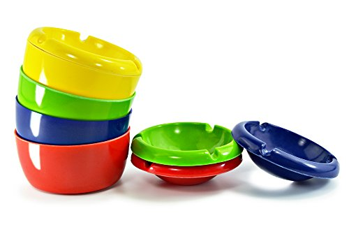 ASIS nettrade Cendrier en plastique - 4 pièces - 4 couleurs ensemble : bleu, rouge, vert, jaune - Diamètre : 10 cm - Simple - cool - bon marché