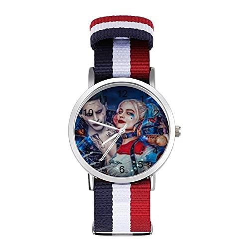 Harley Quinn Clown Girl and JokerReloj de banda trenzada con escala de moda de negocios ajustable banda de impresión a color adecuado tanto para hombres como para mujeres