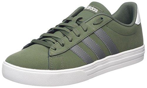 adidas Daily 2.0, Zapatos de Baloncesto Hombre, Verde (Basgrn/Grefou/Ftwwht Basgrn/Grefou/Ftwwht), 48 EU