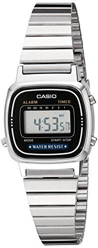 Casio LA670WA-1 - Reloj para Hombres, Correa de Acero Inoxidable Color Plateado