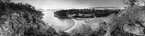 Voss Fine Art Photography Bucht Cala Llombards en la isla de Mallorca al amanecer. Imagen en blanco y negro., Impresión de obras de arte en soporte Dibond, 280 x 70 cm