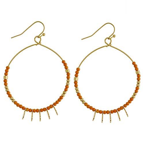 Tata Gisèle - Pendientes de aro de metal dorado con detalles de perlas coral y colgantes