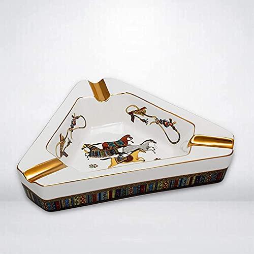 Creatividad de los accesorios de cigarros de estilo europeo pintado de cerámica triangular de cerámica, escritorio, cenicero, cenicero,