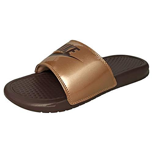 Nike Wmns Benassi JDI Print, Zapatos de Playa y Piscina Mujer, Multicolor (Mtlc Red Bronze/Mahogany Mink 900), 35.5 EU