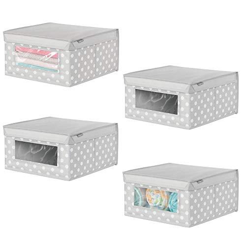mDesign Juego de 4 cajas para guardar ropa – Práctico organizador de armario con tapa y ventana para el cuarto de los niños – Caja de tela para prendas, zapatos, juguetes, etc. – gris claro/blanco