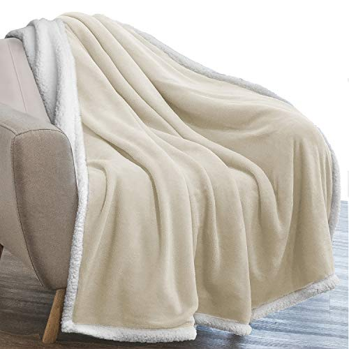 PAVILIA Plush Sherpa Blanket Throw | Soft, Warm, Fuzzy Latte Beige Fleece Throw for Couch Sofa Bed | Solid Reversible Cozy Microfiber Blanket