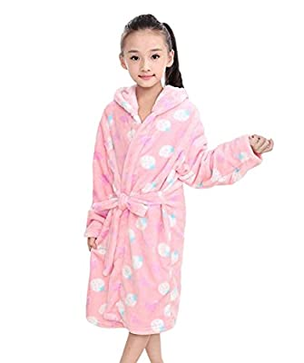 Tortor 1Bacha Kid Girls' Strawberry Print Hooded Plush Fleece Robe Long Bathrobe