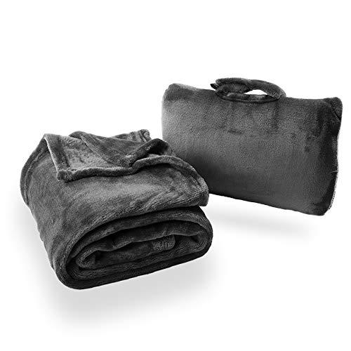 Cabeau Fold 'n Go Reise- und Wurfdecke Plus Kompakttasche - Für Zuhause und Reisen - Doppelt als Lendenkissen und Nackenstützkissen - Französische Mikrofaser Comfort - Charcoal
