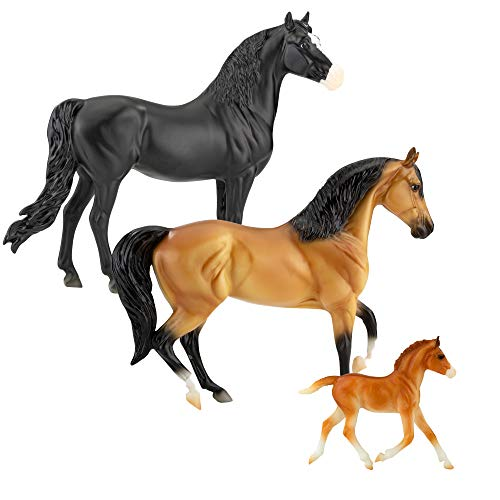 """Breyer Horses Freedom Series Spanish Mustang Family   3 Horse Set   Horse Toy   9.75"""" x 7""""   1:12 Scale   Horse Toy   Model #5490"""