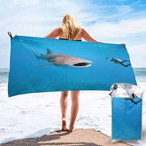 Toalla de playa de viaje sin arena, tiburón ballena gigante y fotógrafo subacuático en imagen de buceo de vida silvestre, toalla libre de arena para niños adultos, 31' x 63'