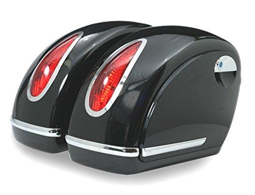 Alforjas rigidas para moto custom de 45 litros de capacidad. Color en negro brillo. Viene con todo lo necesario para su instalación.