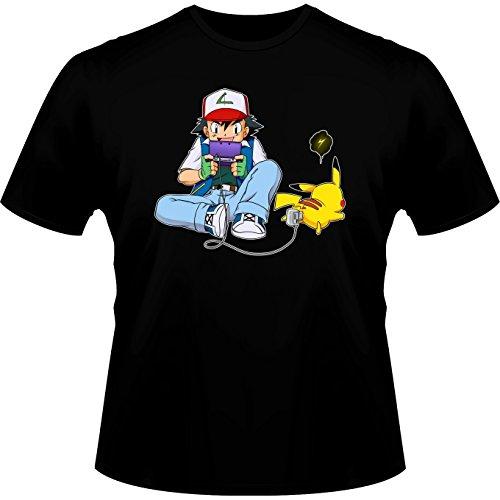 Okiwoki T-Shirt Homme Noir Parodie Pokémon - Sasha Ketchum et Pikachu - Batterie de Secours : (T-Shirt de qualité Premium de Taille XS - imprimé en France)