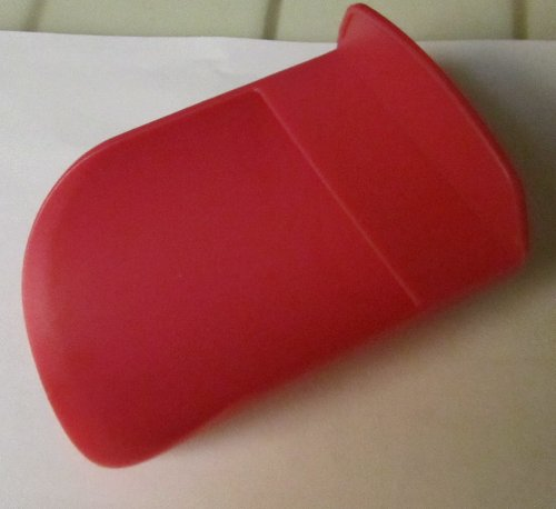 Tupperware Scoop in Deep Pink