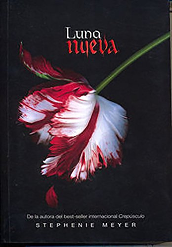 Price comparison product image Luna Nueva (New Moon) (Twilight Saga,  Book 2) (Paperback) (La Saga Crepusculo / The Twilight Saga) (Spanish Edition)