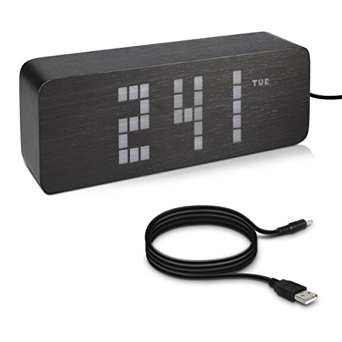 kwmobile LED Senioren Digital Uhr mit großen Ziffern - mit Weckfunktion - Temperatur Tagesanzeige 3 Alarm Weckzeiten - Nachttisch Tischuhr dimmbar