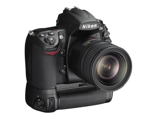 Nikon D700 SLR-Digitalkamera (12 Megapixel, Live View, Vollformatsensor) Kit inkl. Multifunktions-Batterie MB-D10