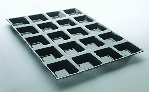 Tartelettes carrées cannelées professionnelles 400 x 300 mm, à 40 empreintes L 60 x lg 60 x H 15 mm
