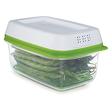Rubbermaid FreshWorks Produce Saver Food Storage Container, Small Rectangle, 4 Cup, Green 1996982