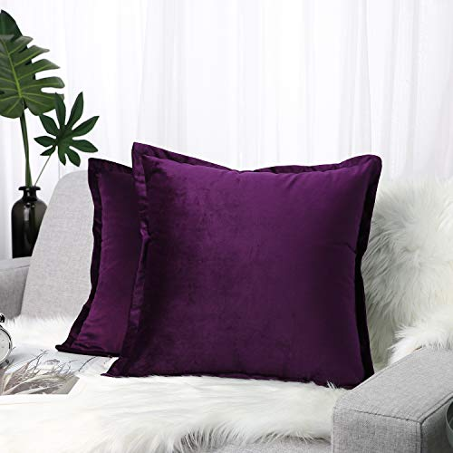 "Lewondr Velvet Throw Pillow Cover, 2 Pack Soft Solid Color Modern Square Pillow Case Throw Cushion Covers with Hem Stitch for Car Sofa Bed Home Decor, 18""x18""(45x45cm), Aubergine"